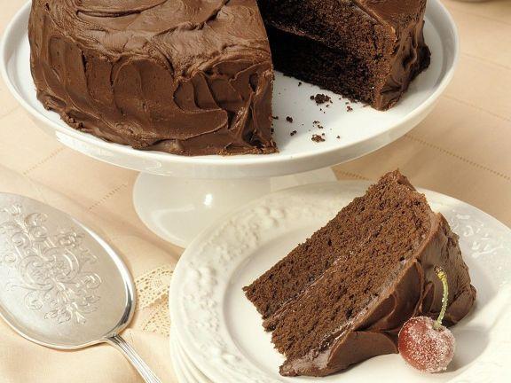 Schokoladenkuchen mit Schokoladen-Sahne-Creme