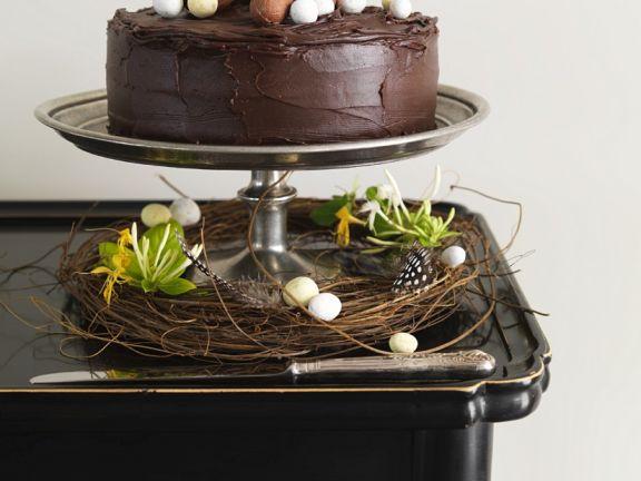 Schokoladentorte mit Ostereiern