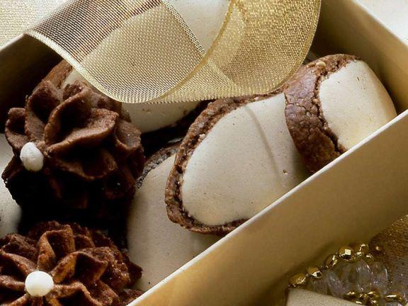 Schokoplätzchen mit Zuckerguss
