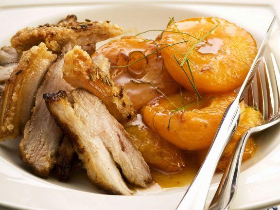 Schweinebraten mit Aprikosen und Honig