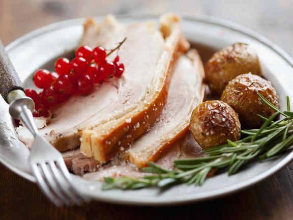 Schweinebraten mit Rosmarin-Kartoffeln