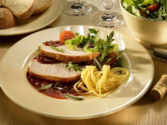 Schweinebraten mit Rotweinsauce