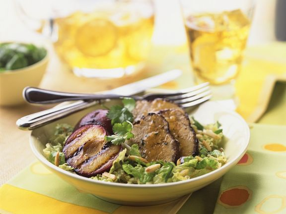 schweinefilet auf salat rezept eat smarter. Black Bedroom Furniture Sets. Home Design Ideas