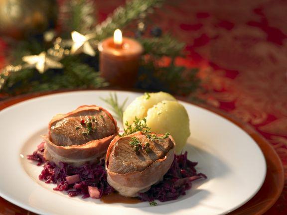 Weihnachtsmenü Schweinefilet.Schweinefilet Im Baconmantel Mit Rotkohl Und Kartoffelknödel