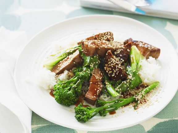 Schweinefilet mit Hoisin Sauce und Spargelbrokkoli (Brokkolini)