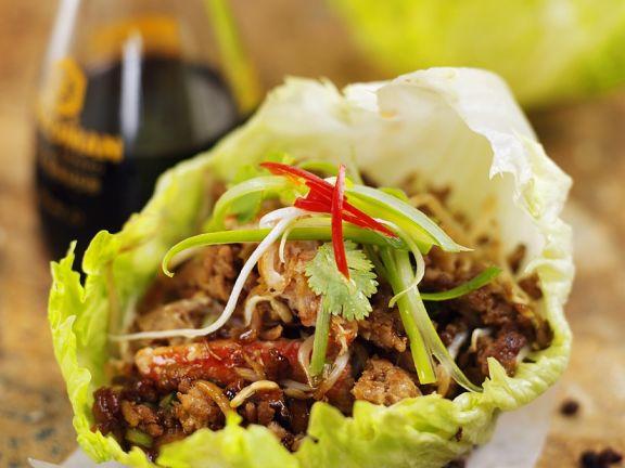 Schweinefleisch mit Krebsfleisch und Shiitake aus dem Wok