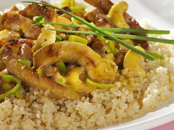 Schweinegeschnetzeltes mit Curry auf Reis