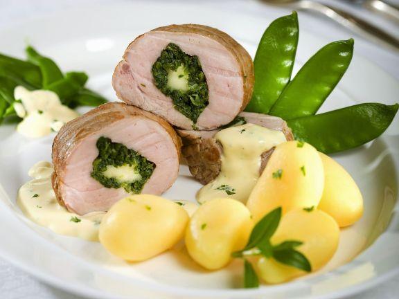 Schweinelende mit Spinat gefüllt dazu Kartoffeln