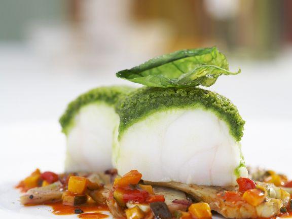 Seeteufel mit Basilikumhaube auf Artischocken-Ratatouille-Gemüse
