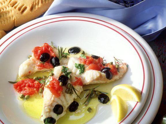 Seeteufel mit Oliven und Tomaten