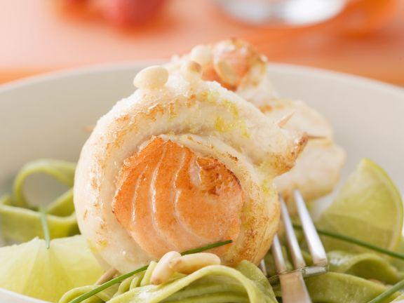 Seezungenroulade mit grüner Pasta