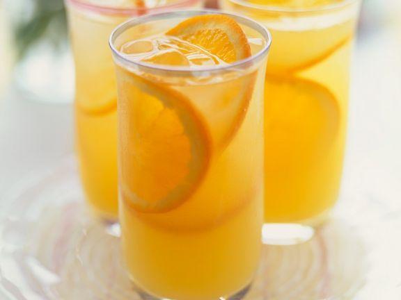 Sekt mit Orangensaft