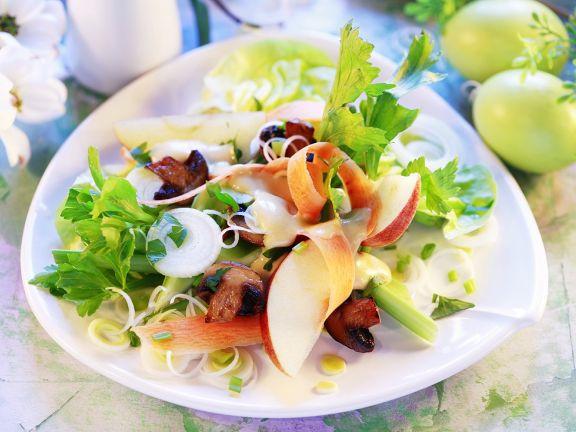 Sellerie-Apfel-Salat mit Pilzen