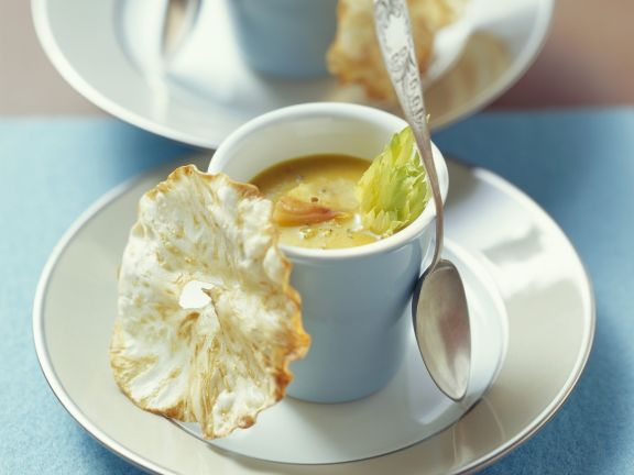 Sellerie-Suppe mit Apfel
