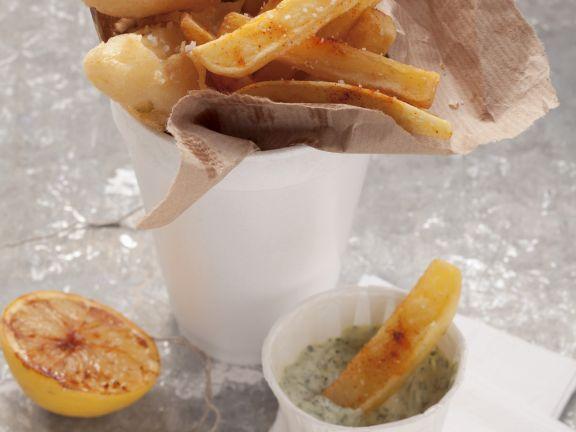 Sellerie und Pommes frites mit Kräutermayonnaise