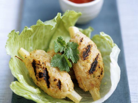 Shrimpsspieße am Zuckerrohr auf vietnamesische Art