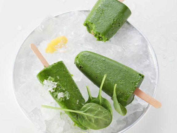 Smoothie-Eis am Stiel Rezept | EAT SMARTER