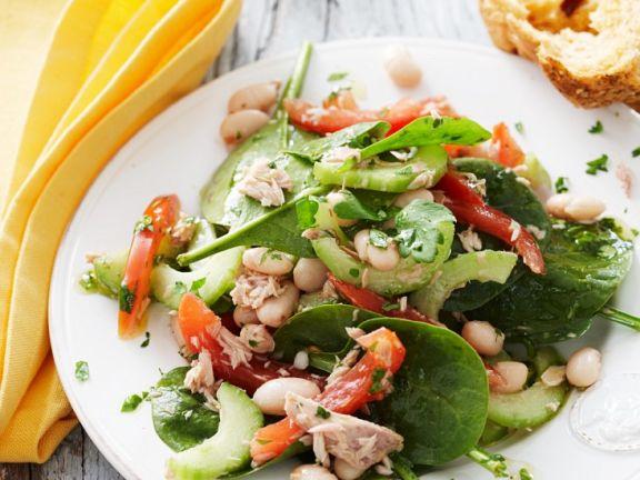 Sommerlicher Thunfisch-Gemüse-Salat