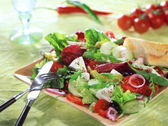 Sommersalat mit Mozzarella