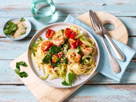 Spaghetti mit Garnelen und Pak Choi