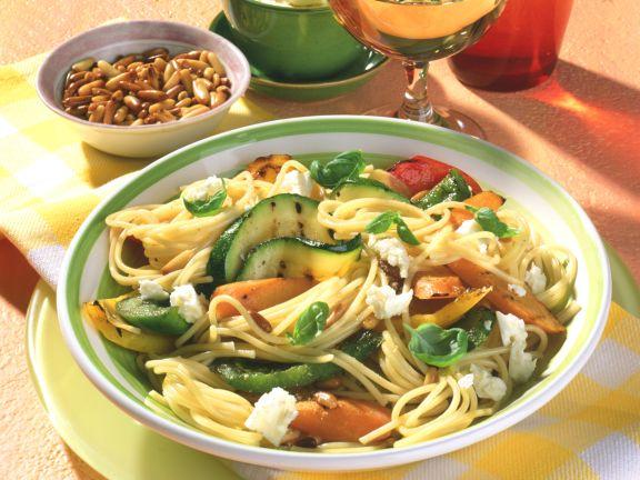Spaghetti mit Grillgemüse und Schafskäse