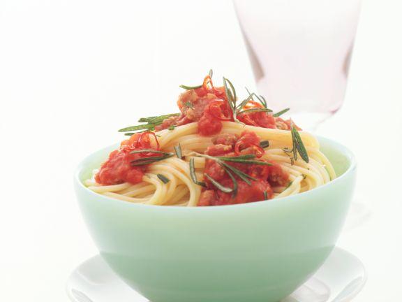 Spaghetti mit Hackfleisch-Tomaten-Sugo