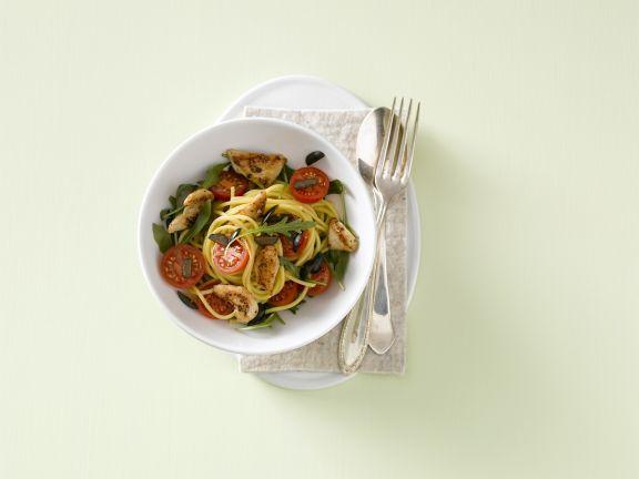 Spaghetti mit Hähnchenfleisch und Kirschtomaten