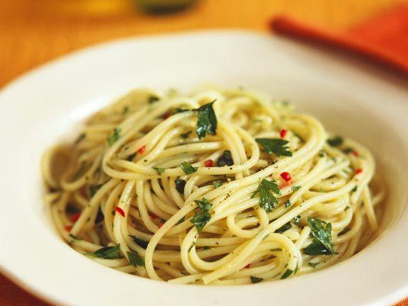 Spaghetti mit Petersilie