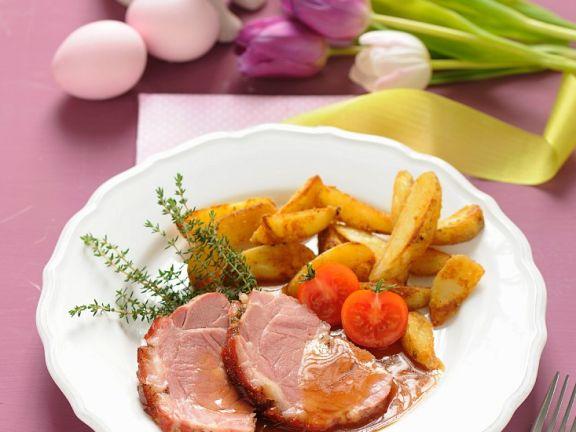 Spanferkel mit Kartoffelecken