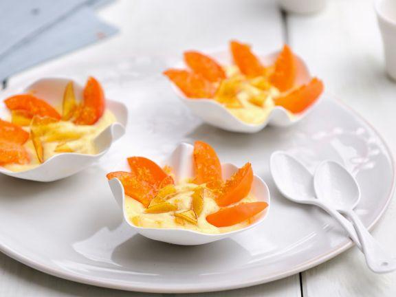 Spanische Dessertcreme mit Aprikosen