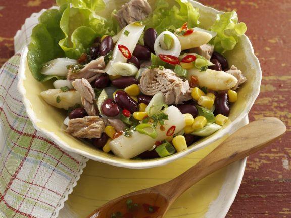 Spargel-Thunfisch-Salat mit Mais und Bohnen
