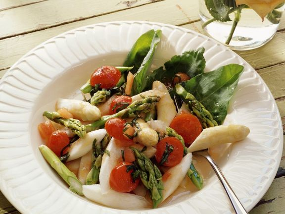 Spargel-Tomatensalat