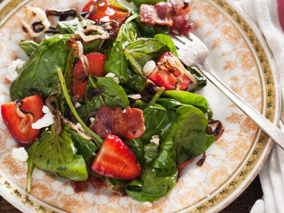 Spinat-Erdbeersalat