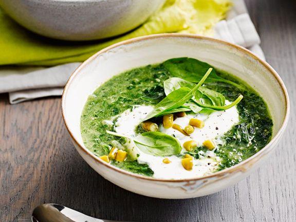 Spinat-Quinoa-Suppe