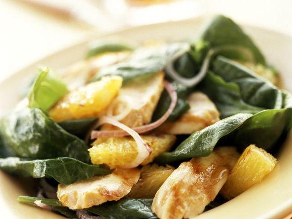 Spinatsalat mit Hähnchen und Orangendressing
