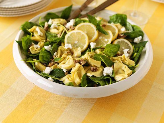 Spinatsalat mit Tortellini