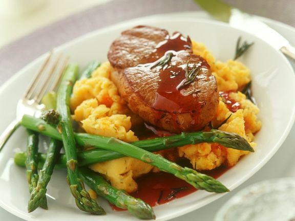 Steak auf Kürbispüree
