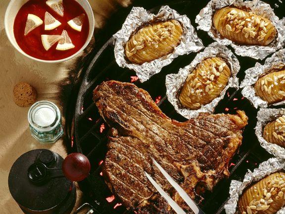 Steak mit Barbecuesauce und Kartoffeln