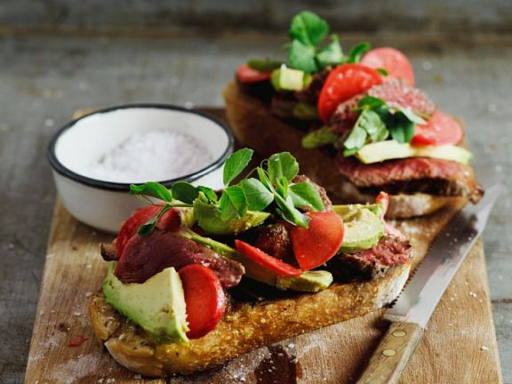 Steak-Sandwiches mit Avocado