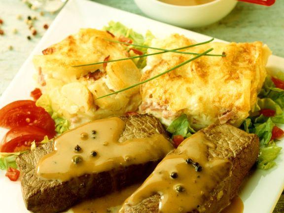 Steaks mit Kartoffelgratin