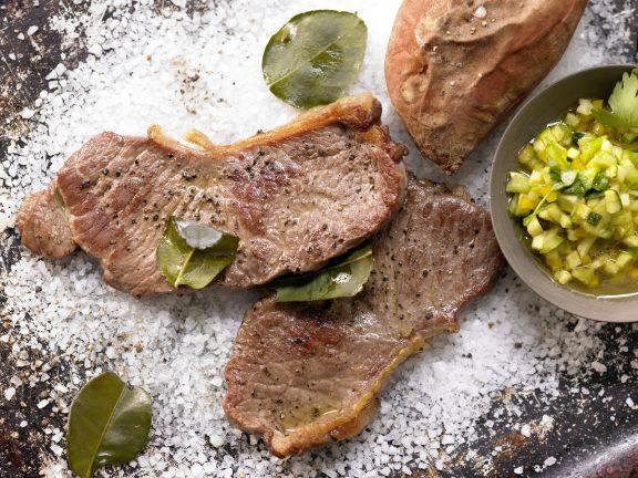 Steaks vom Salzbett