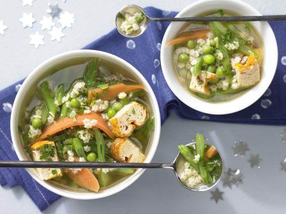 Sterntaler-Suppe mit Eierstich