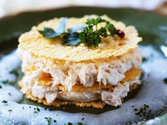 Stockfischcreme mit Parmesanhippen