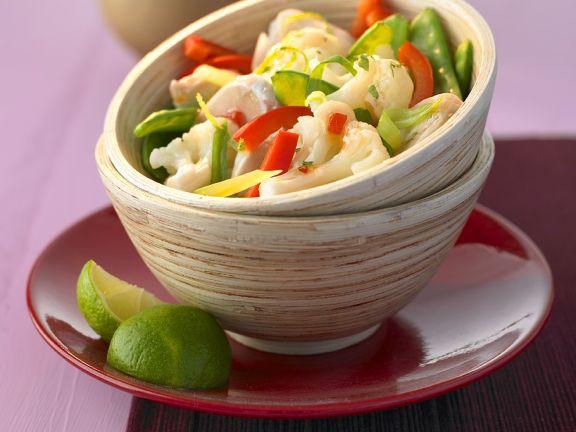 Sü-scharfer Gemüse-Hähnchensalat