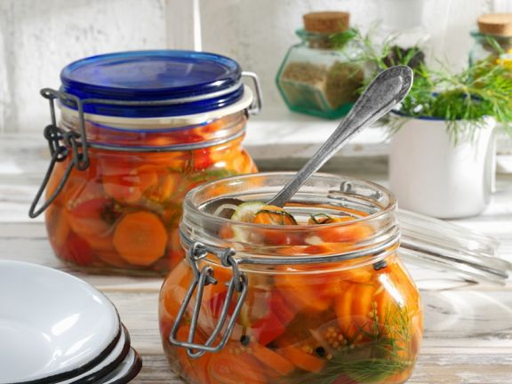 Süß-saure Karotten (eingelegt)