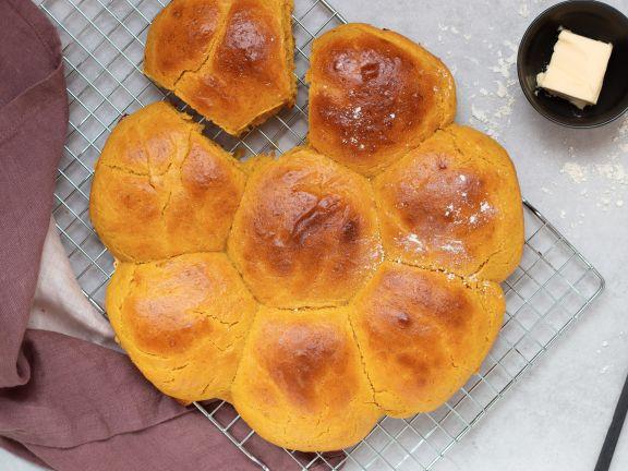 Süße Kürbisbrötchen
