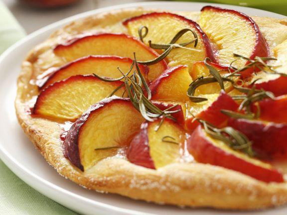 Süße Pfirsich-Pizza