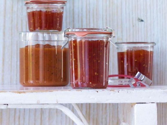 Süße Tomatenkonfitüre