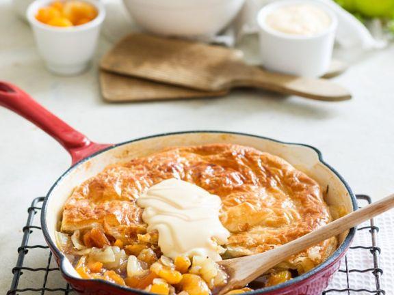 Süßer Pie mit Birne und Mandarine