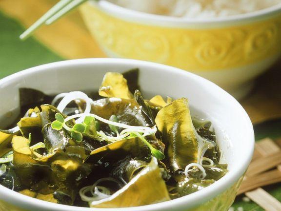 Suppe mit Seetang